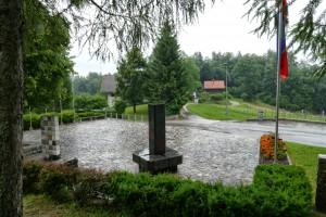 Der Geometrische Mittelpunkt Sloweniens bei Vace
