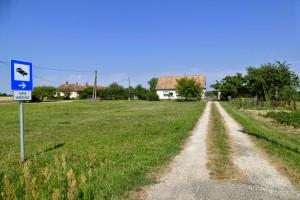 Siedlungshaus abseits der Straße